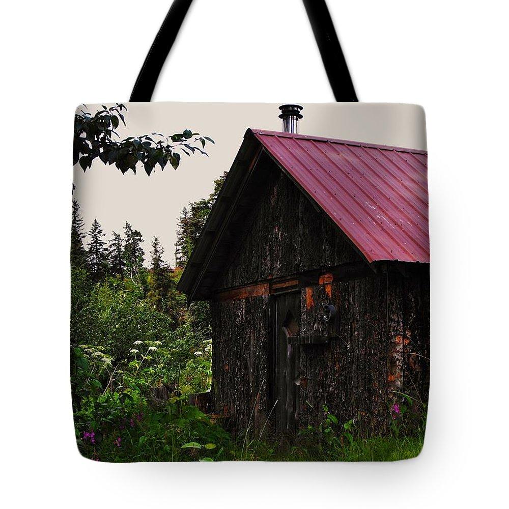 Homer Alaska Tote Bag featuring the photograph Rustic Homestead by Lori Mahaffey