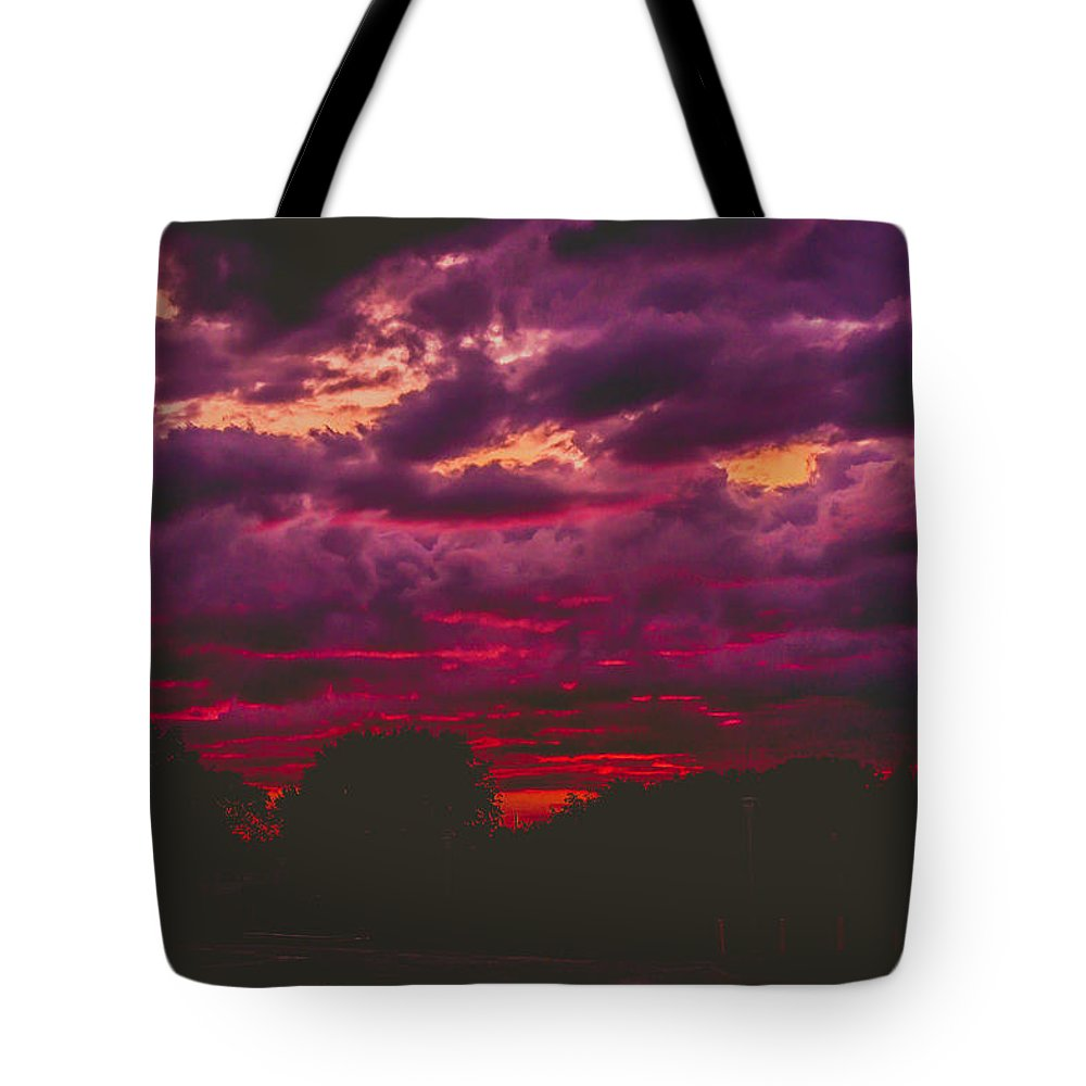 Summer Tote Bag featuring the photograph Stormy Sunset by Kristin Hunt