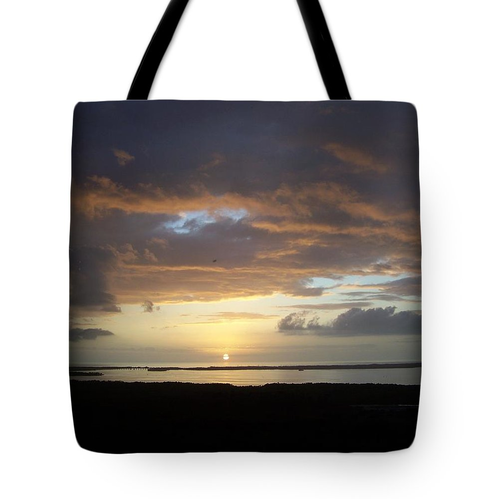 Sunset Tote Bag featuring the photograph Sunset 0020 by Laurie Paci