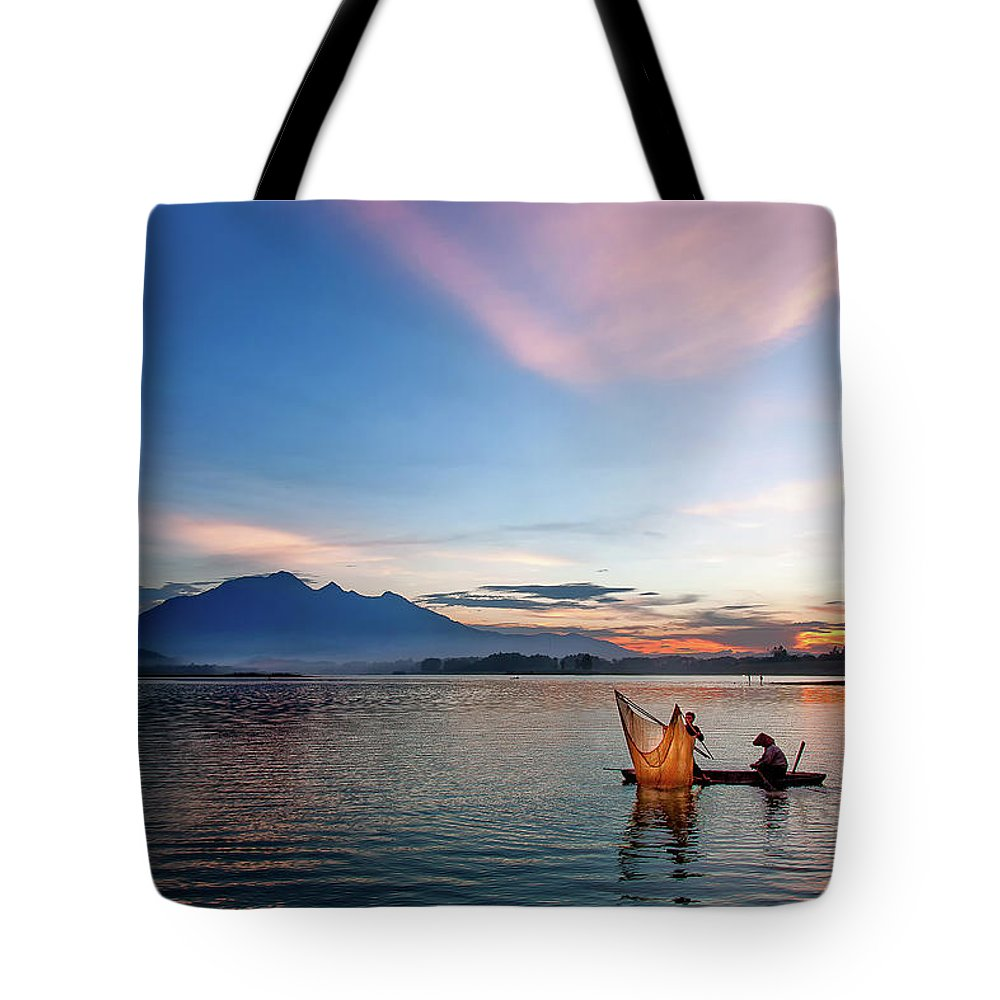 Sunset. Vietnam. Lake Tote Bag featuring the photograph Sunset by Kim Le