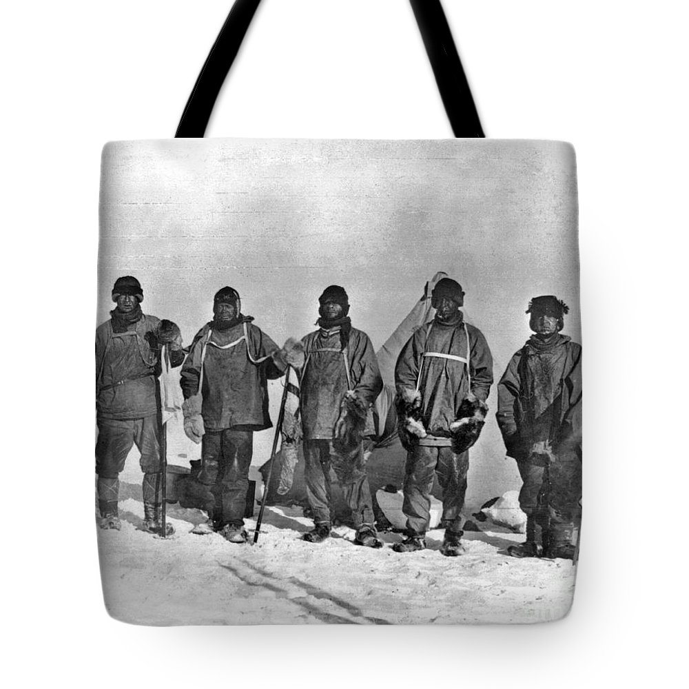 1912 Tote Bag featuring the painting Terra Nova Expedition by Granger