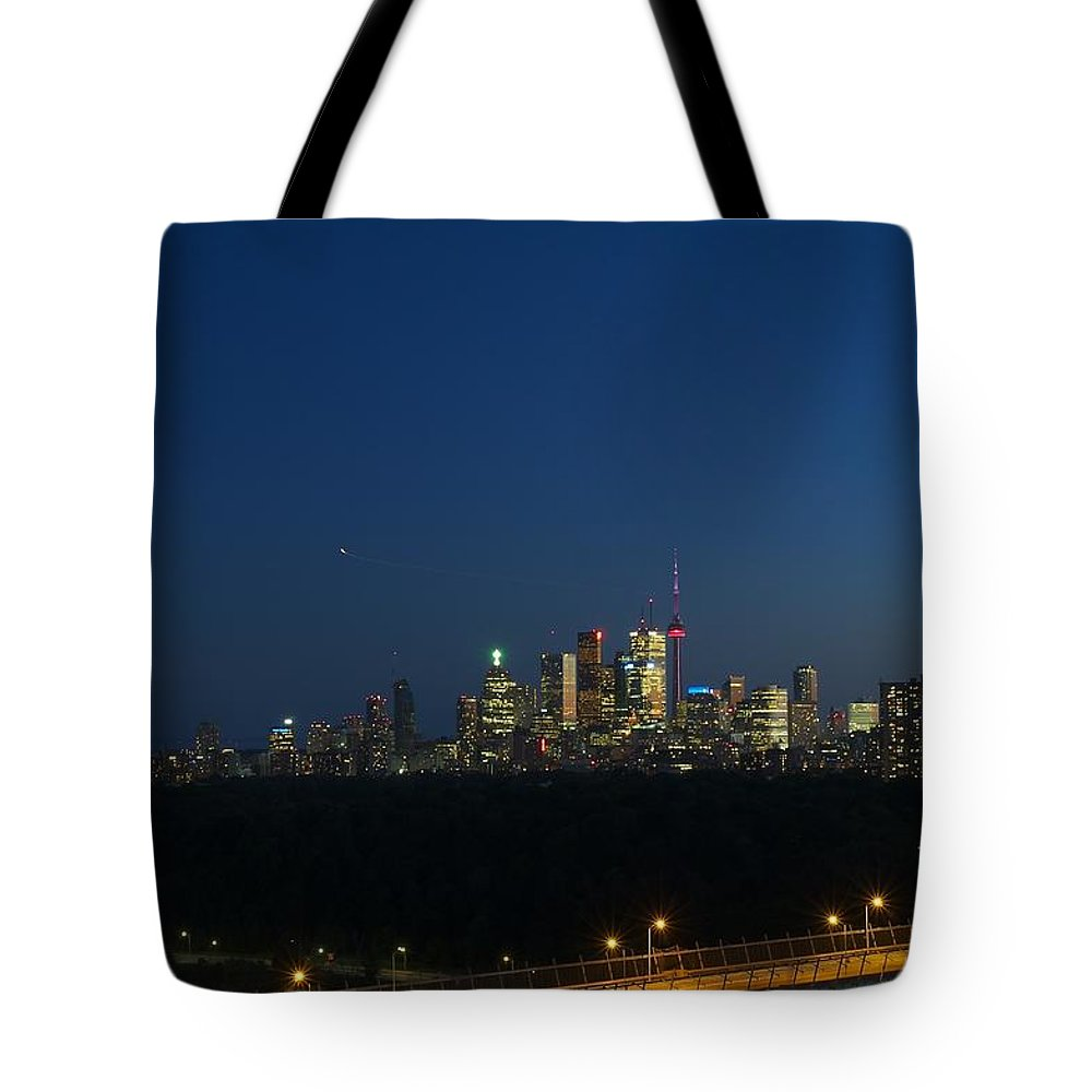 Toronto Tote Bag featuring the photograph Toronto At Night by Robert Skuja