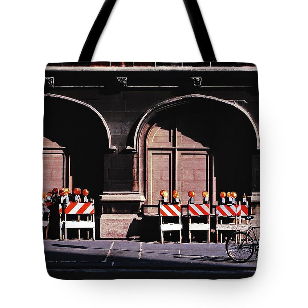 Union Station Tote Bag featuring the photograph Union Station by Craig Andrews