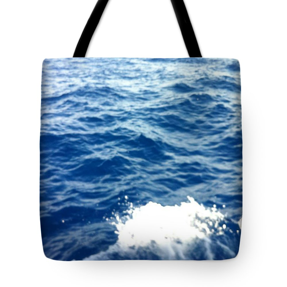 Tote Bag featuring the photograph Water Crash by Aly Dieaaeldeen