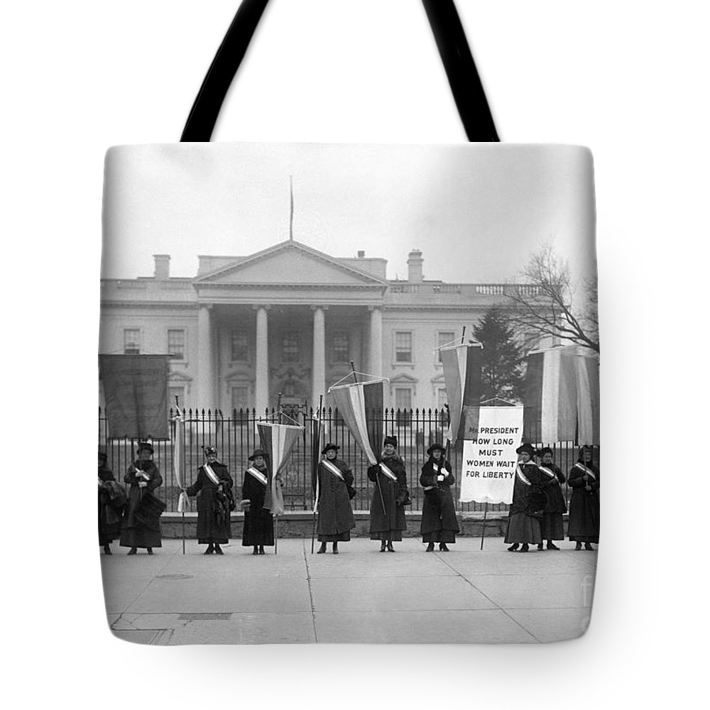 1917 Tote Bag featuring the photograph White House: Suffragettes by Granger