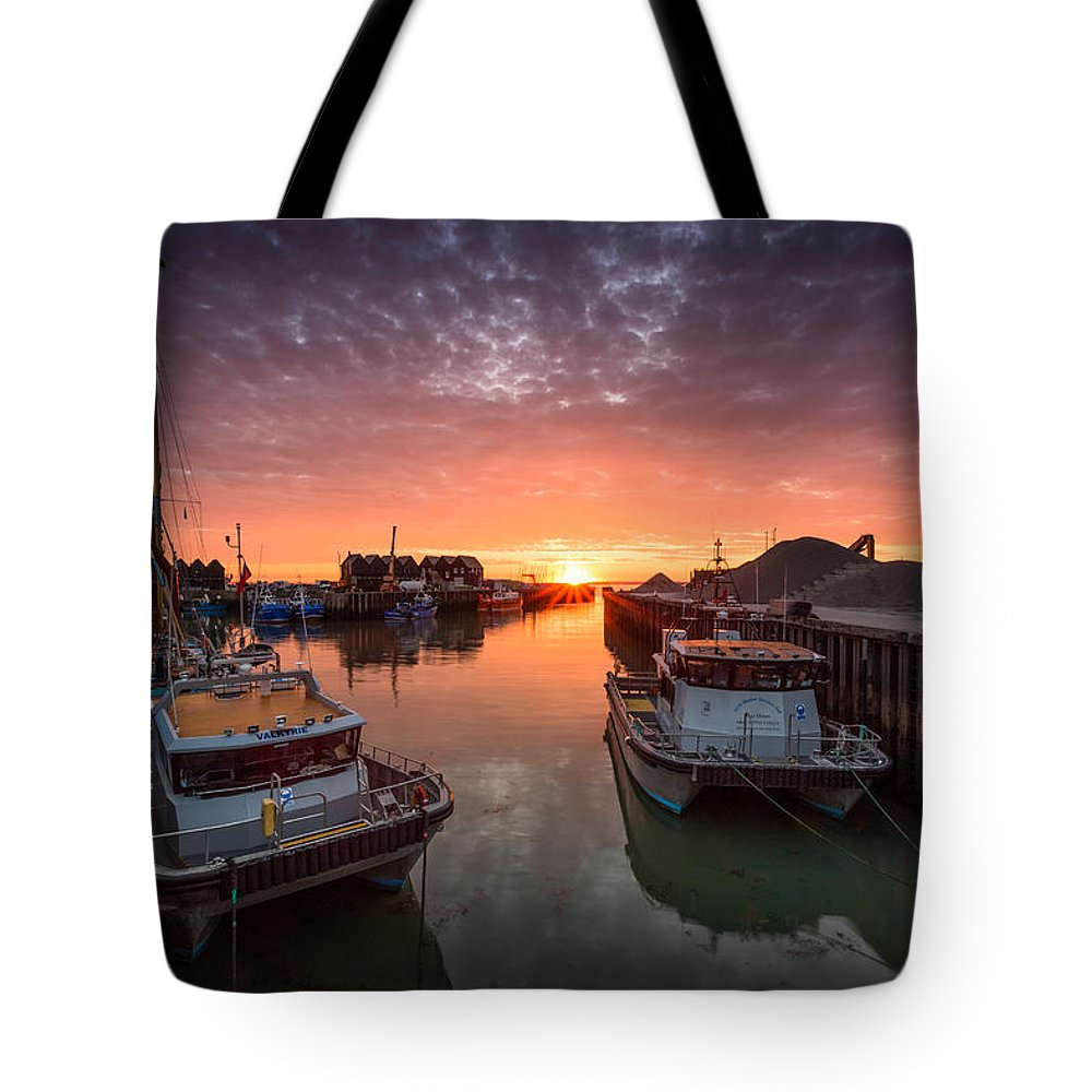 Whitstable Tote Bag featuring the photograph Whitstable Sunset by Ian Hufton