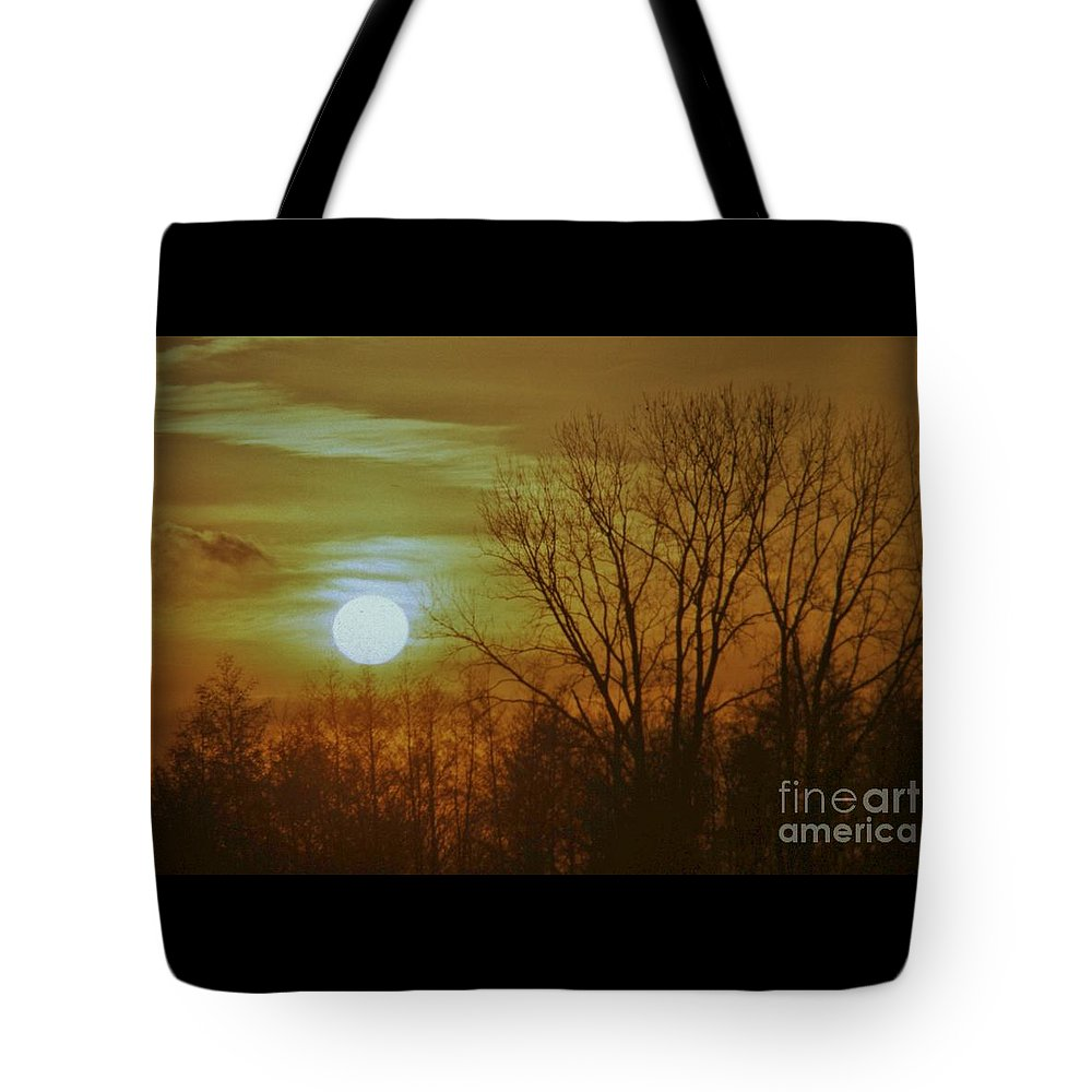 Telephoto Tote Bag featuring the photograph Winter Sunset by Rory Cubel