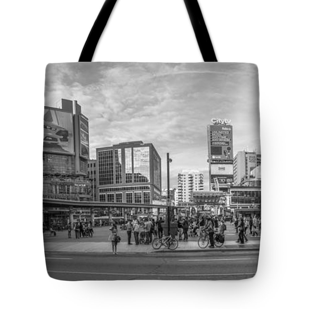 Yonge Dundas Square Tote Bag featuring the photograph Yonge Dundas Square by John McGraw