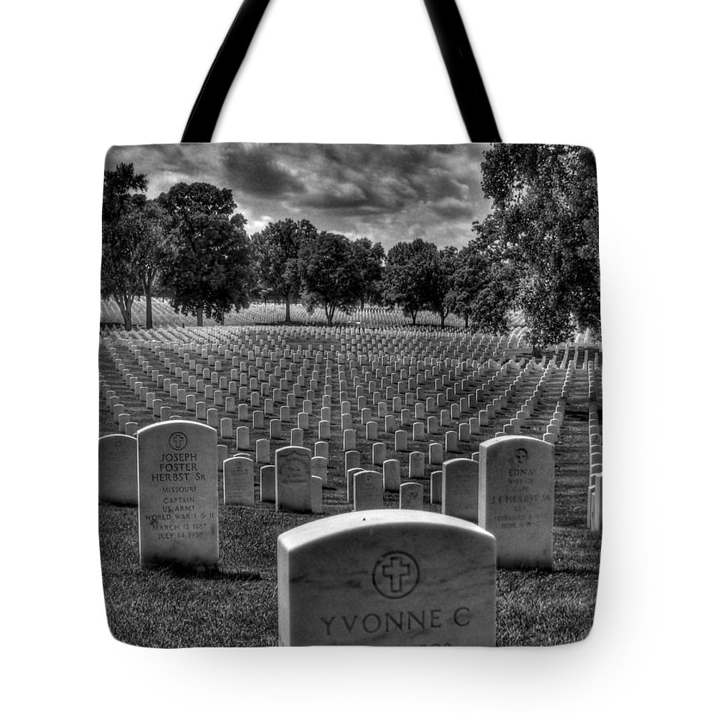 Hdr Tote Bag featuring the photograph Yvonne by Jane Linders
