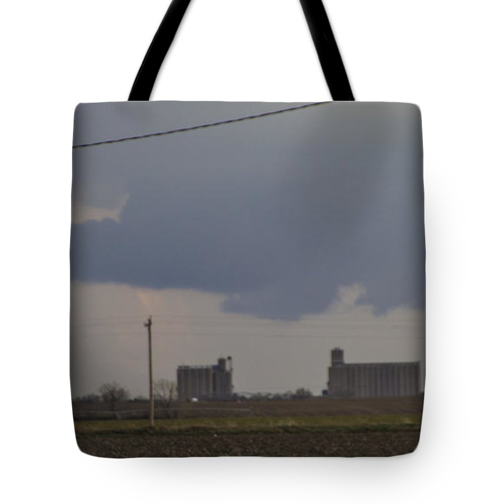 Nebraskasc Tote Bag featuring the photograph 2nd Storm Chase 2015 by NebraskaSC