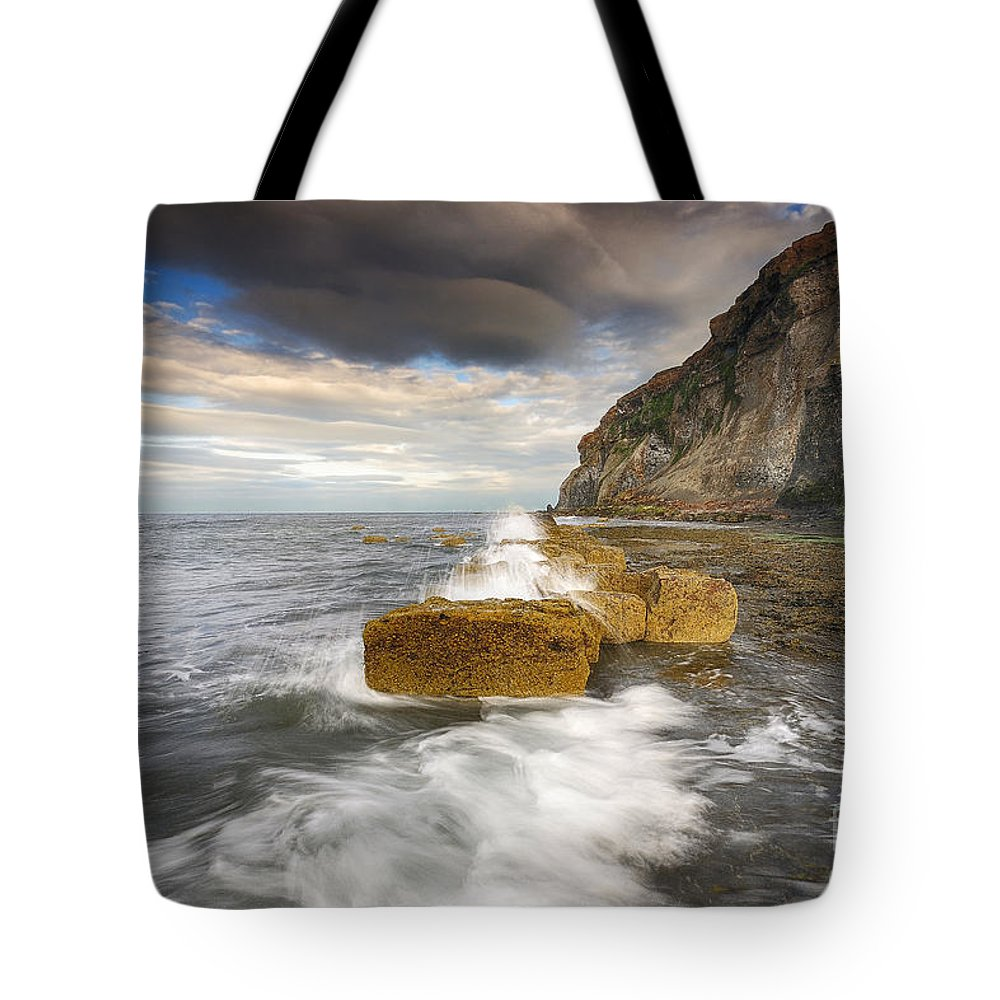 Saltwick Bay Tote Bag featuring the photograph Saltwick Bay by Smart Aviation