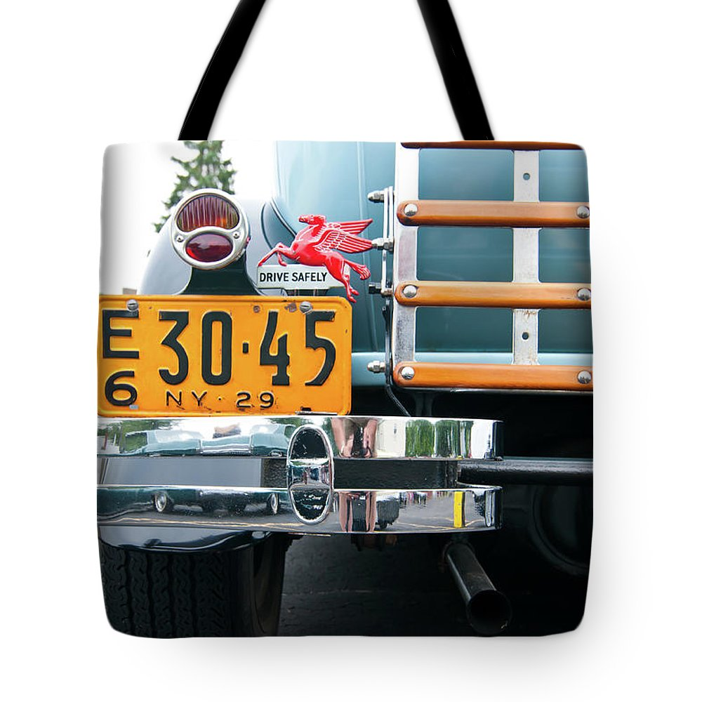 Antique Car Tote Bag featuring the photograph 1929 Ford 2058 by Guy Whiteley