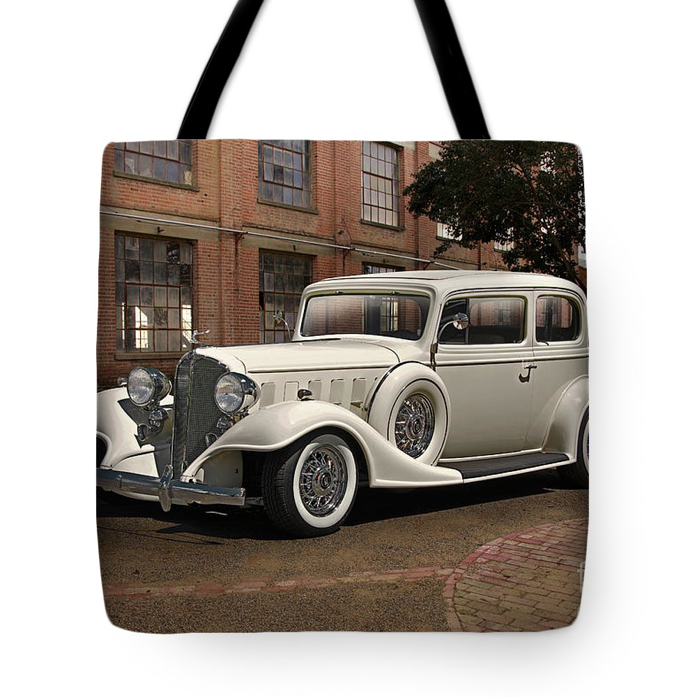 Auto Tote Bag featuring the photograph 1933 Buick Victoria 'bootleg Beauty' by Dave Koontz