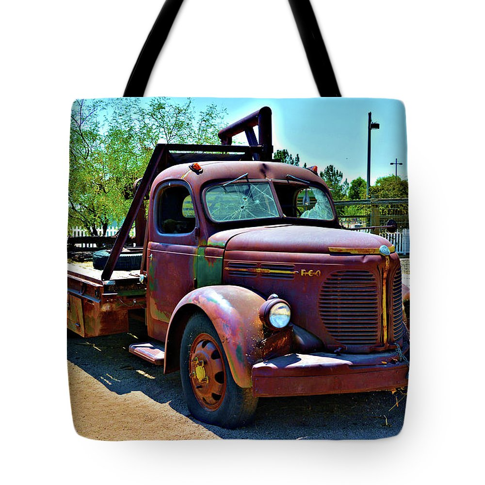 Truck Tote Bag featuring the photograph 1947 Reo Speed Wagon Truck by Richard Jenkins
