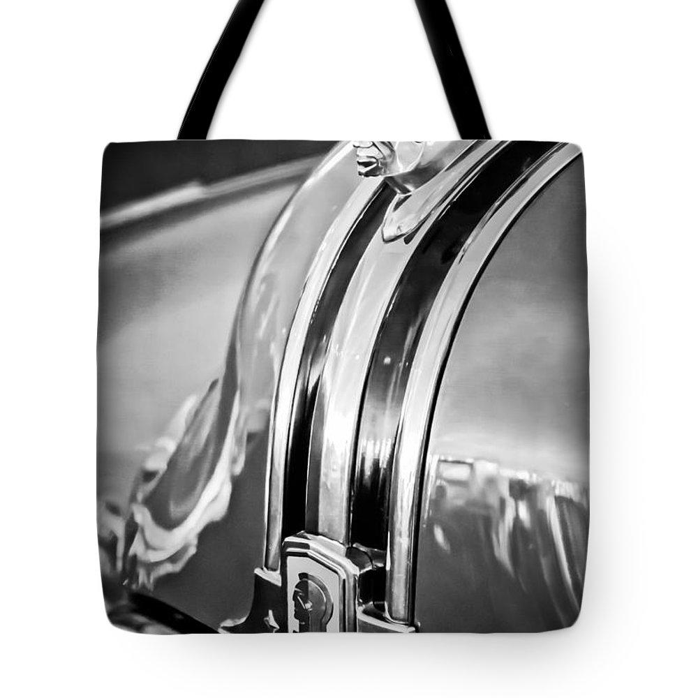 1948 Pontiac Hood Ornament Tote Bag featuring the photograph 1948 Pontiac Chief Hood Ornament 4 by Jill Reger