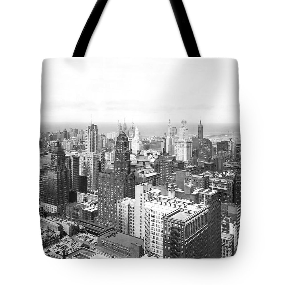 1950's Tote Bag featuring the photograph 1955 Downtown Chicago by Underwood Archives