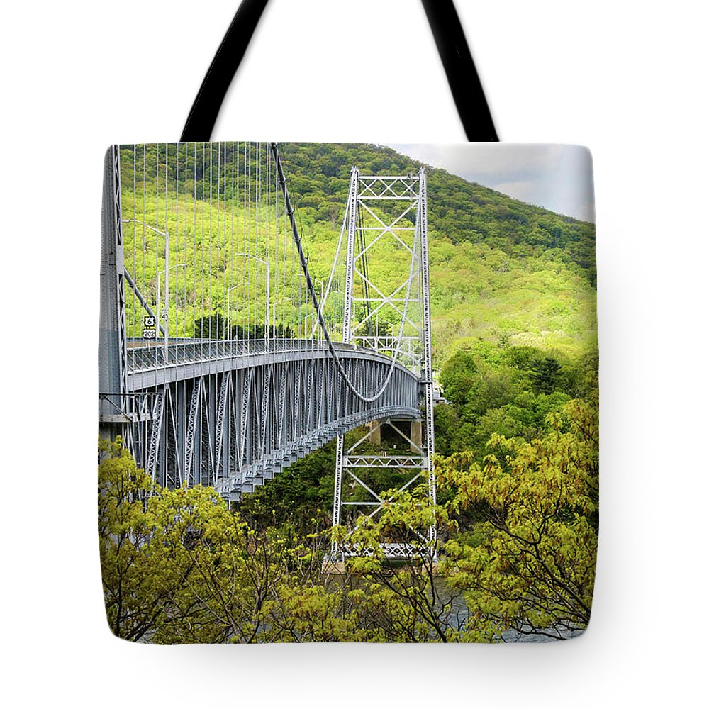 This Is A Photo Of The Bear Mountain Bridge In New York. Tote Bag featuring the photograph Bear Mountain Bridge by William Rogers