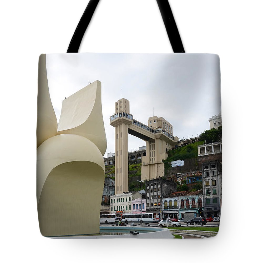 Salvador Tote Bag featuring the photograph Fountain Of The Market Ramp By Mario Cravo by Ralf Broskvar