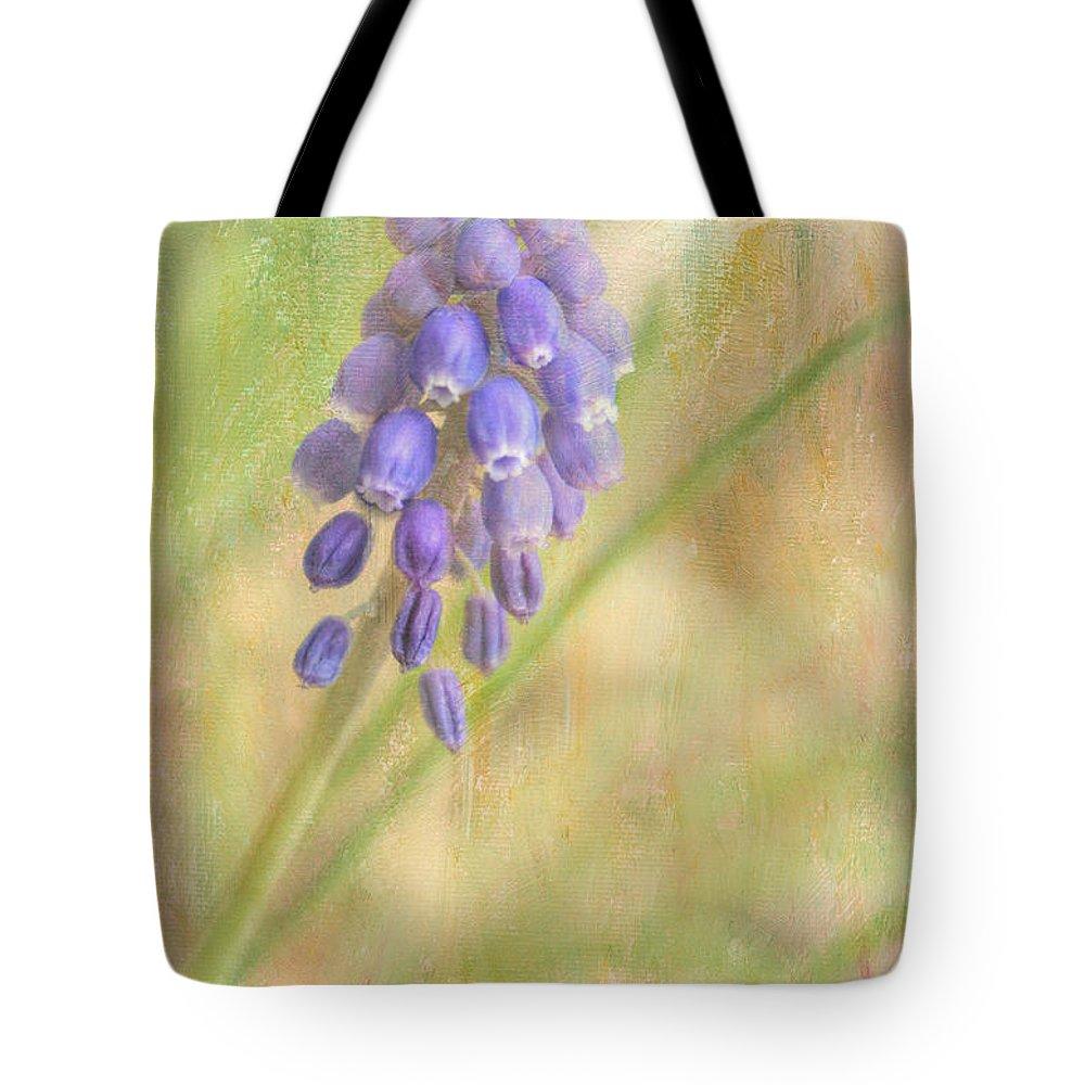 Wendy Elliott Tote Bag featuring the photograph Grape Hyacinth by Wendy Elliott