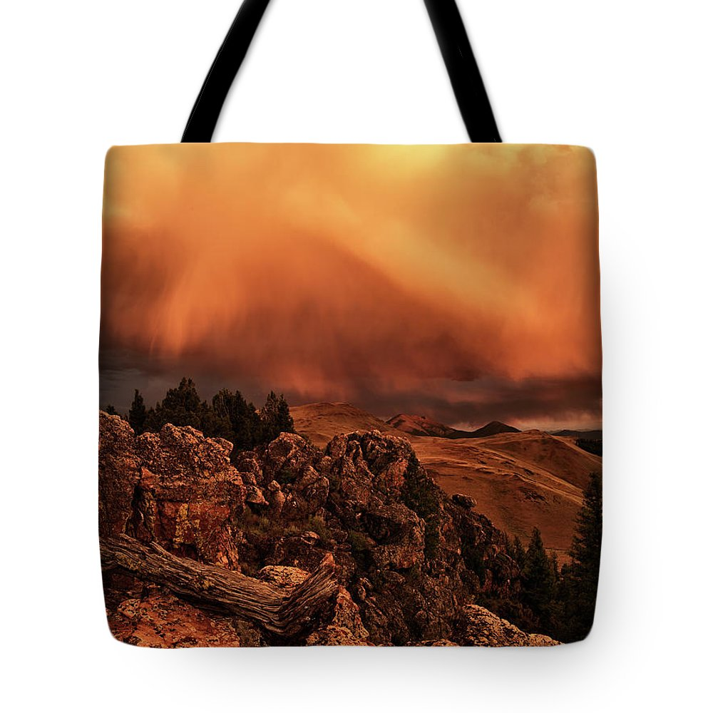 Idaho Tote Bag featuring the photograph Lost River Sunset by Leland D Howard