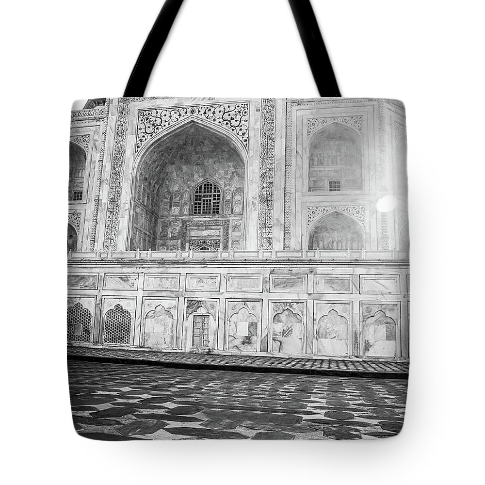 Adventure Tote Bag featuring the photograph Monochrome Taj Mahal - Sunrise by Neha Gupta