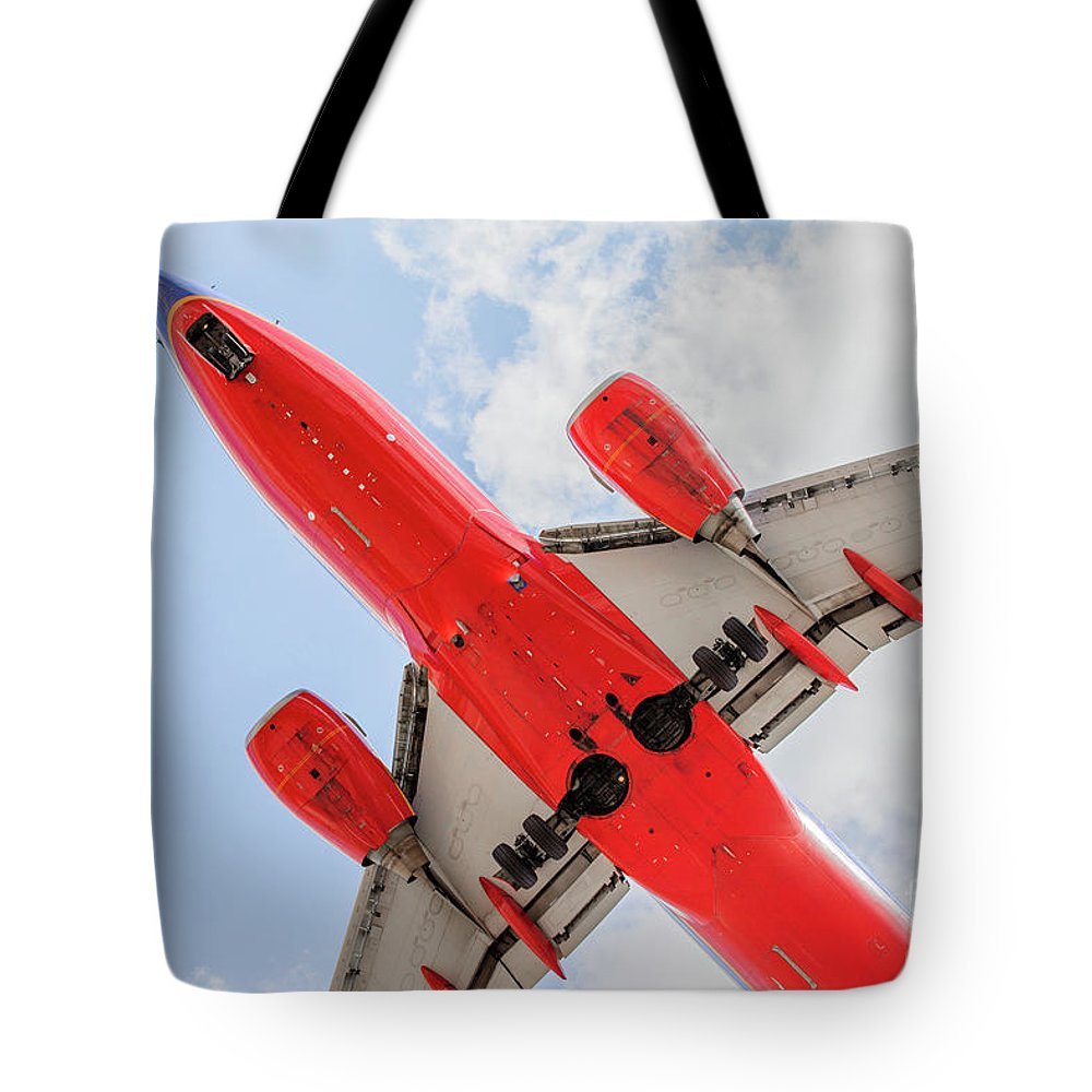 Commercial Tote Bag featuring the photograph Passenger Jet Coming In For Landing by PhotoStock-Israel