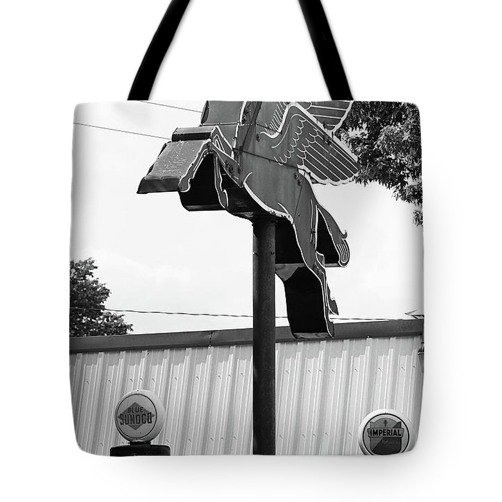 66 Tote Bag featuring the photograph Route 66 - Rolla Missouri by Frank Romeo