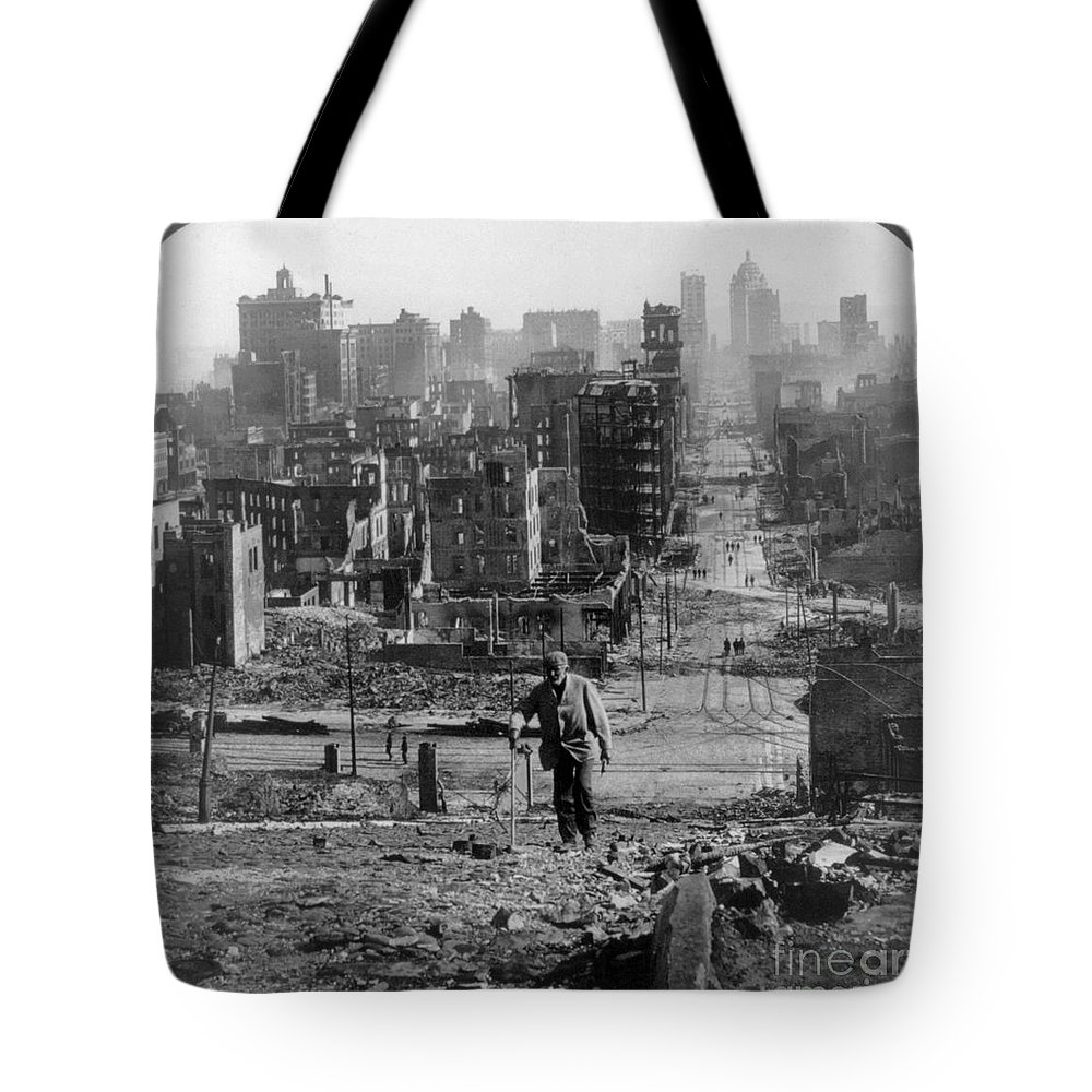 1906 Tote Bag featuring the photograph San Francisco Earthquake by Granger