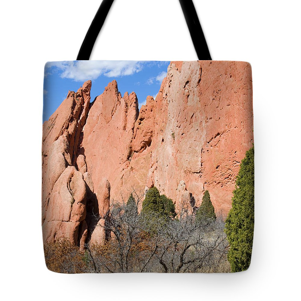 Garden Of The Gods Tote Bag featuring the photograph Sandstone Spires In Garden Of The Gods by Steve Krull