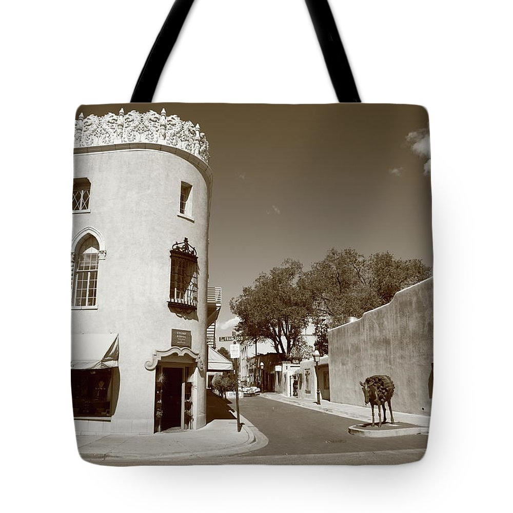 Adobe Tote Bag featuring the photograph Santa Fe New Mexico by Frank Romeo