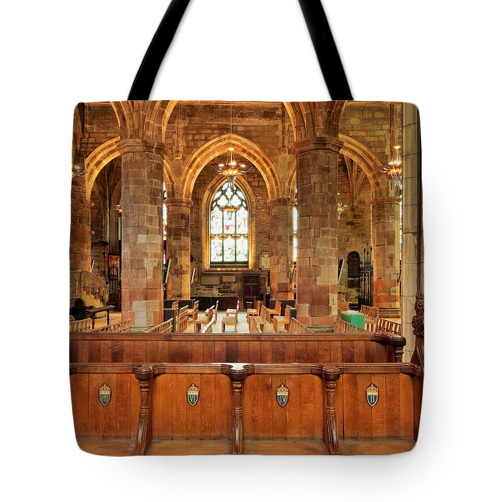 Europe Tote Bag featuring the photograph St Giles' Cathedral, Edinburgh by Karol Kozlowski