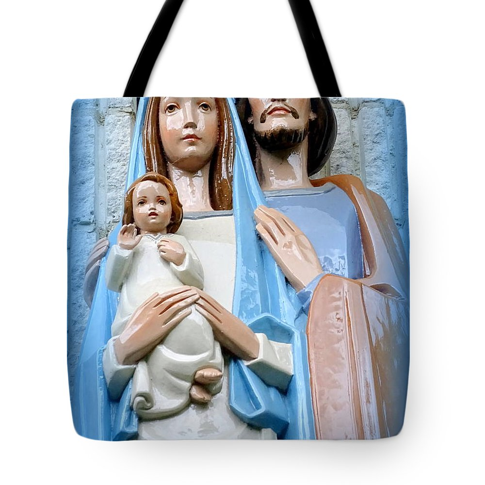 Statues Tote Bag featuring the photograph The Holy Family by Ed Weidman