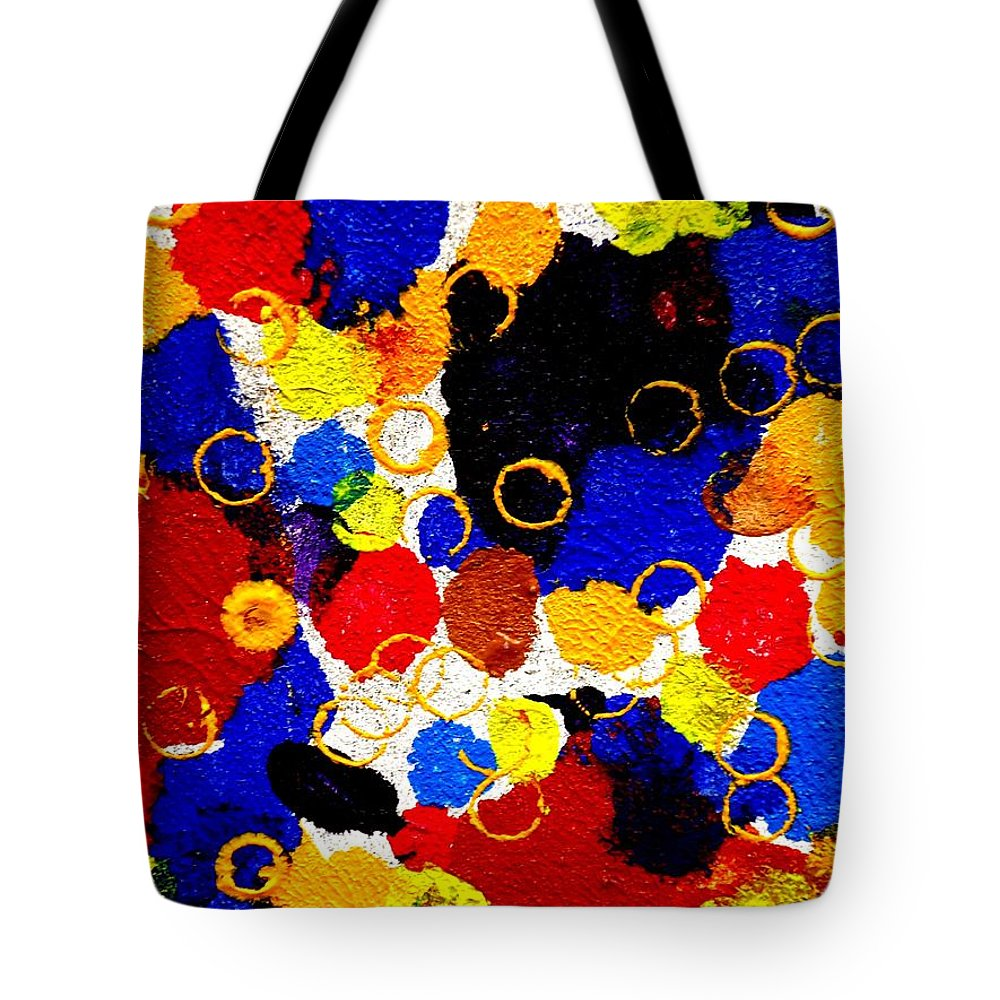 Art Trendsetting Universal Tote Bag featuring the painting The Veritable Aspects Of Uli Arts #169 by Mbonu Emerem