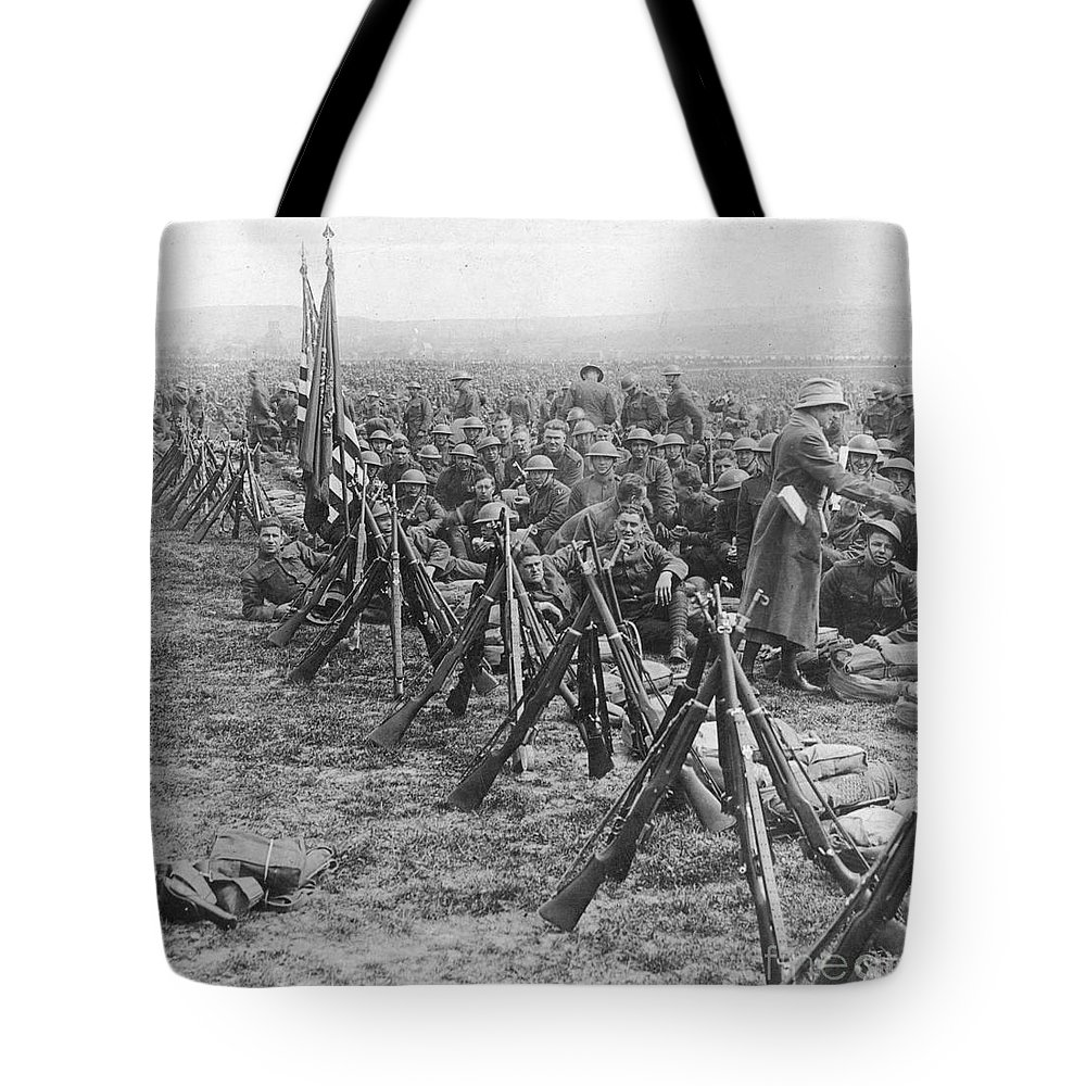 1919 Tote Bag featuring the photograph World War I: U.s. Troops by Granger