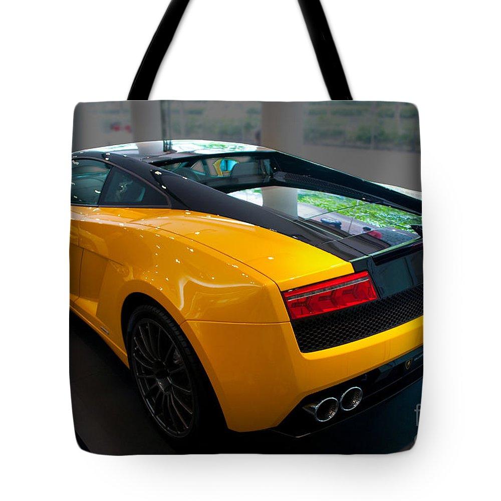 2011 Lamborghini Gallardo Lp560 4 Bicolore Rear View Tote Bag For