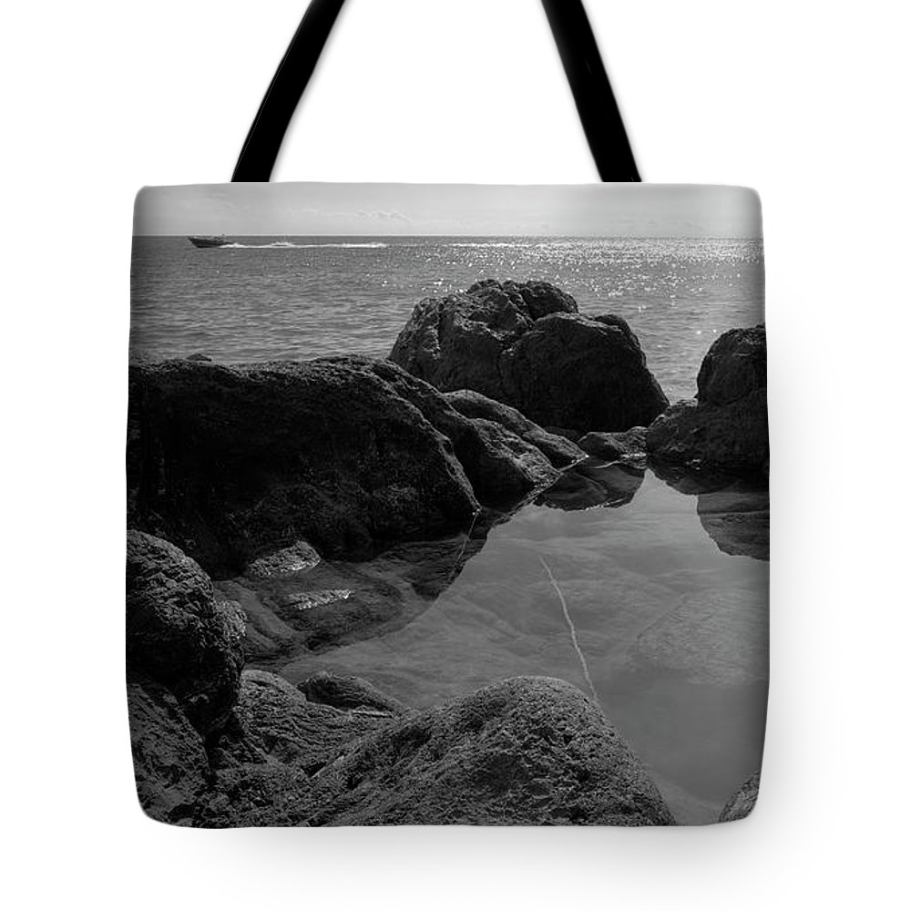 Liguria Tote Bag featuring the photograph 2017 Malpasso Con Laghetto by Roberto Ferrero