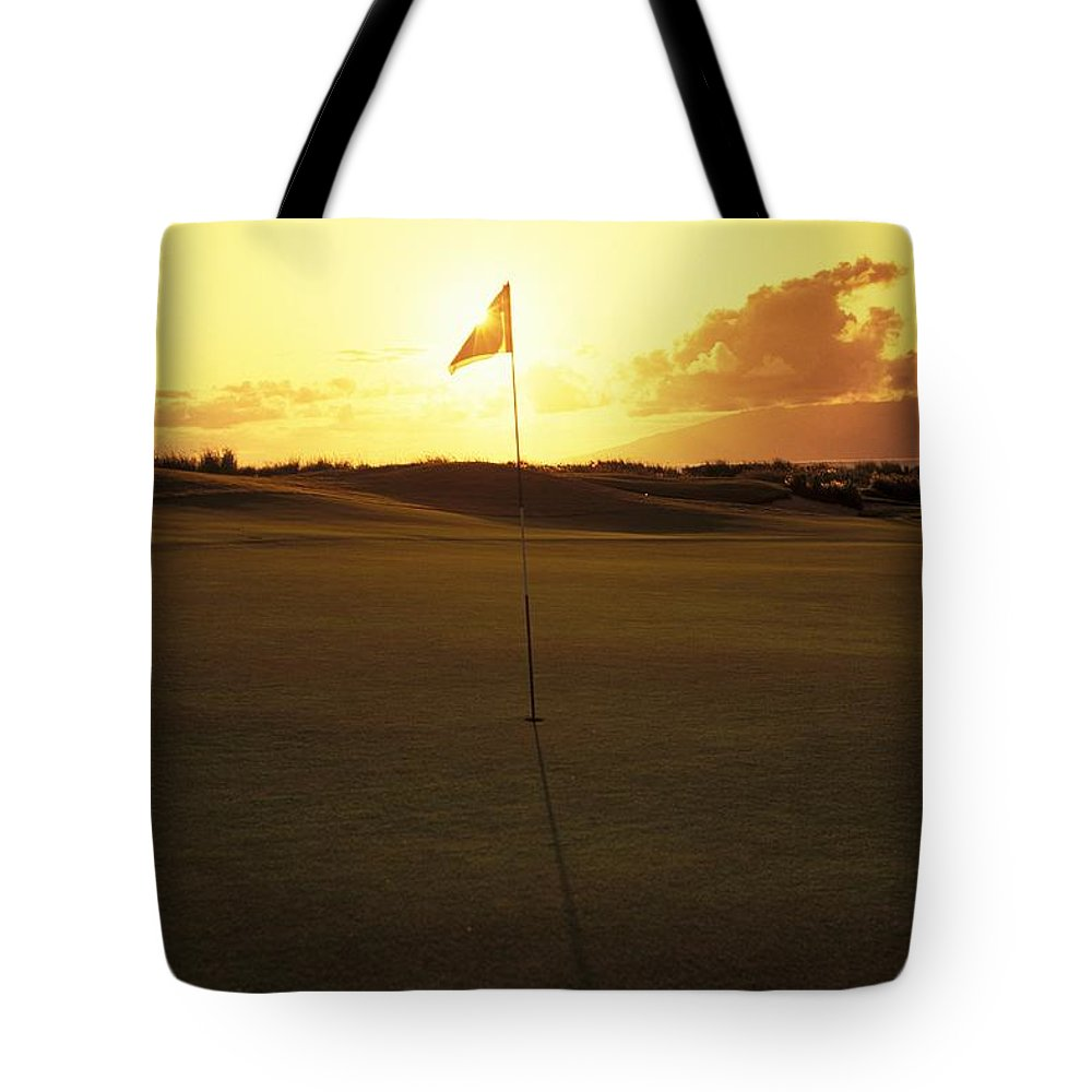 4th Tote Bag featuring the photograph Kapalua Golf Club by Carl Shaneff - Printscapes