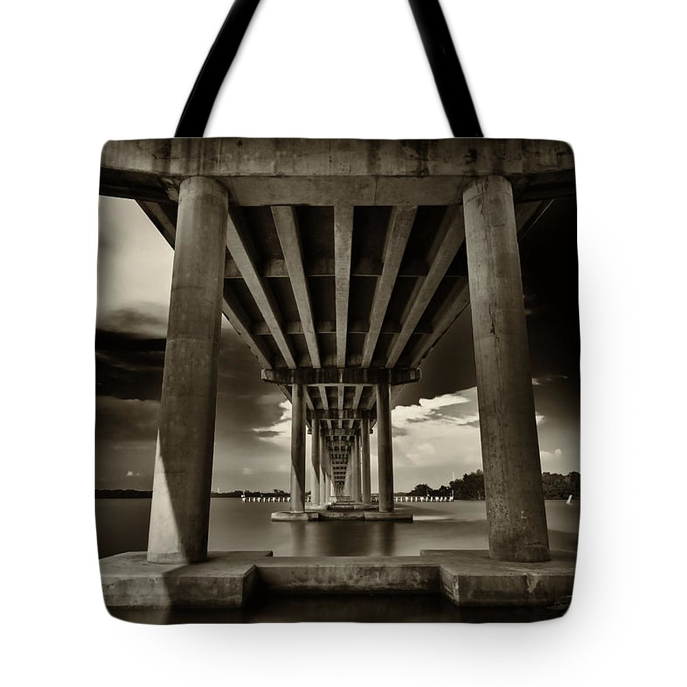 Everglades Tote Bag featuring the photograph San Marco Bridge by Raul Rodriguez