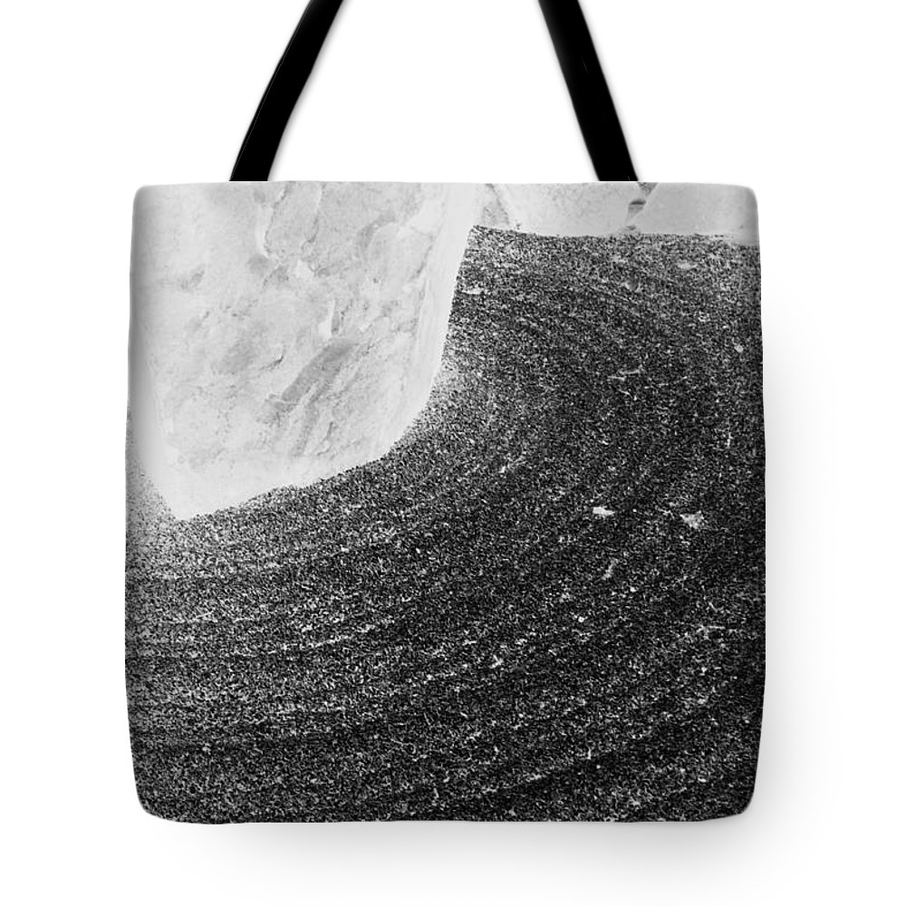Tote Bag featuring the photograph Zen Circle by Jamie Lynn