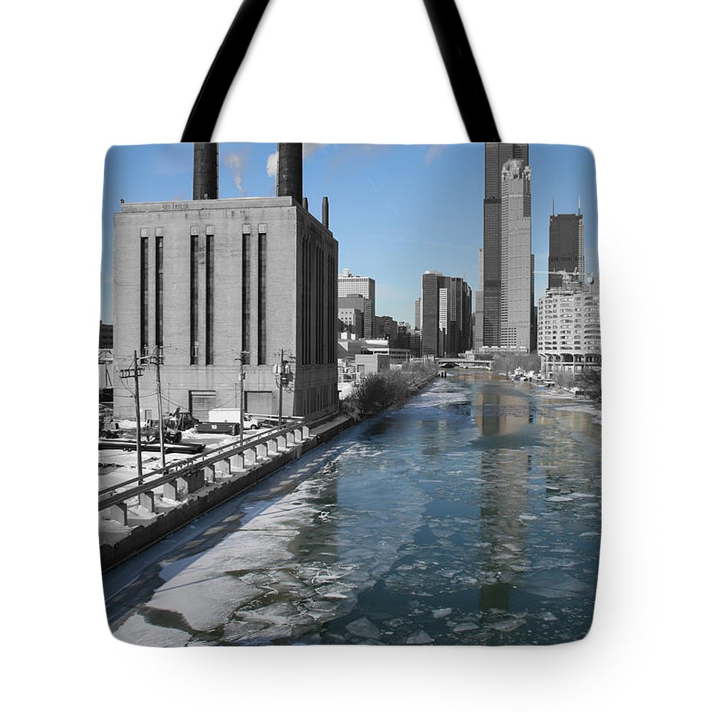Cityscape Tote Bag featuring the photograph 301 Taylor by Dylan Punke