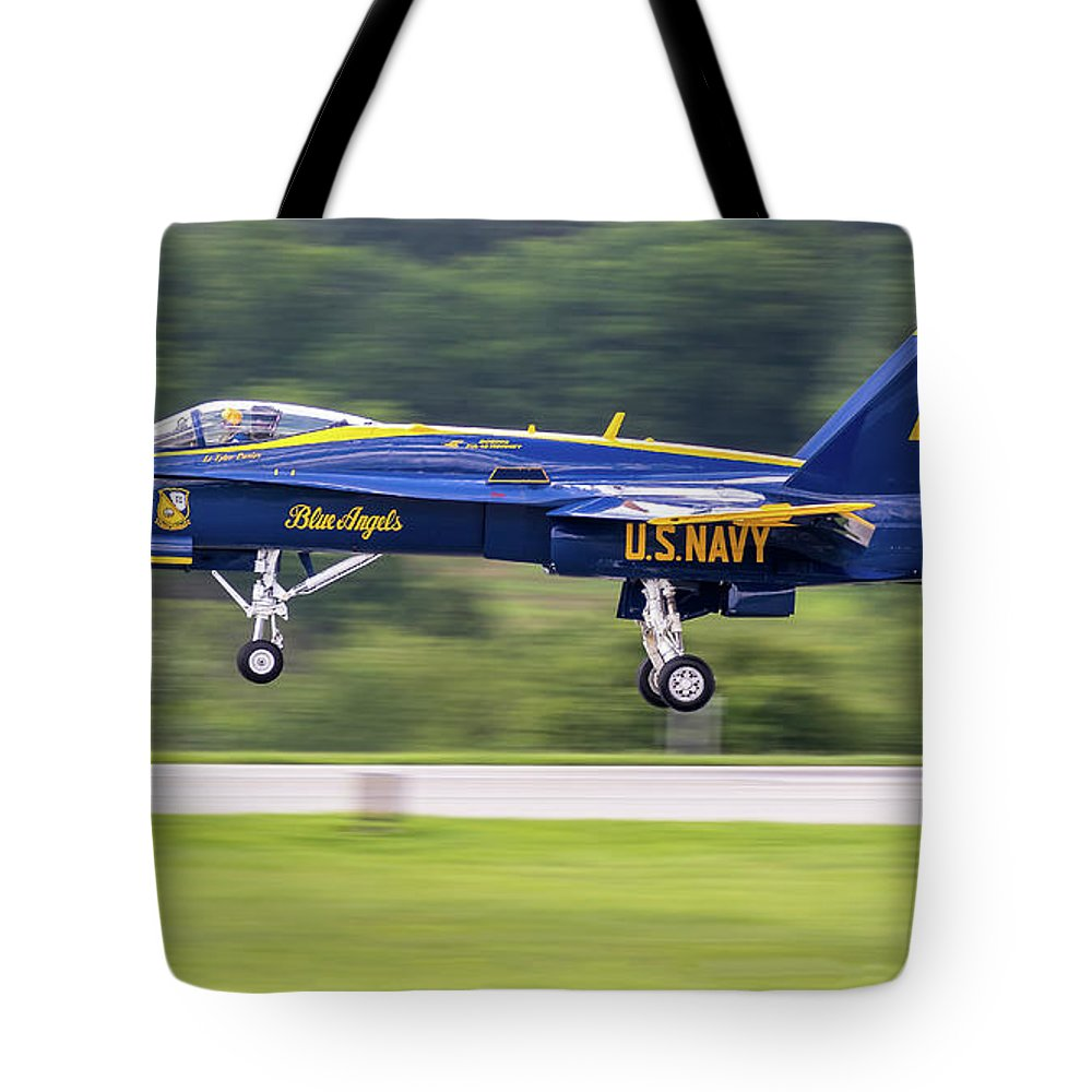 163444/6 (cn0648/c015) Tote Bag featuring the photograph 35,500 Lbs Thrust, No Waiting by Fly By Photography