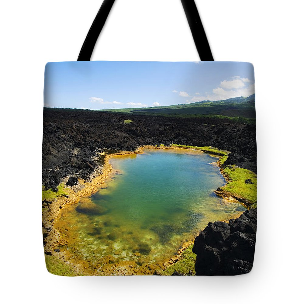 Ahihi Kinau Tote Bag featuring the photograph Ahihi Kinau Natural Reserve by Ron Dahlquist - Printscapes