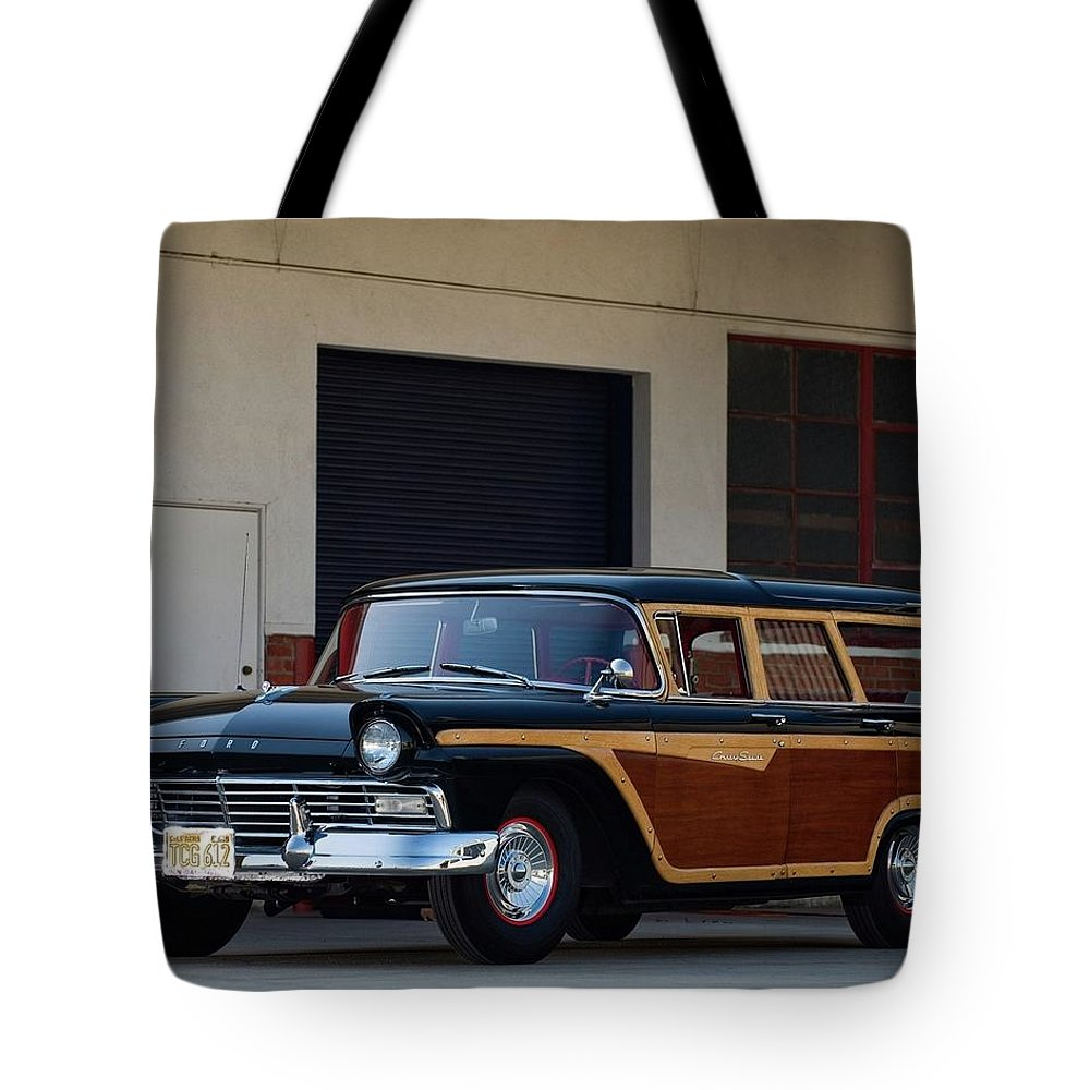 Classic Tote Bag featuring the digital art Classic by Maye Loeser