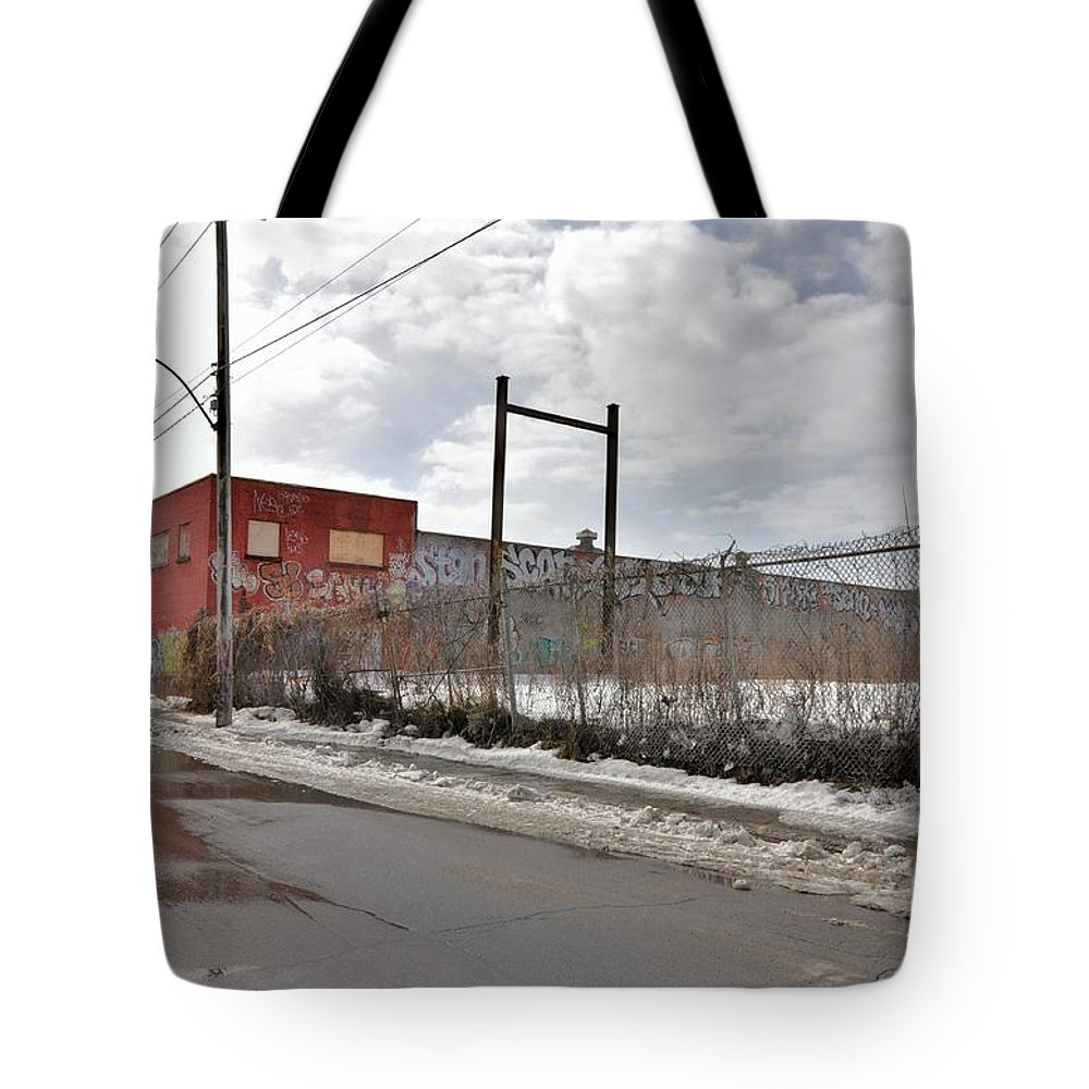 Abandoned Buildings Tote Bag featuring the photograph 4814 Dunn Street Urban Exploration by Reb Frost