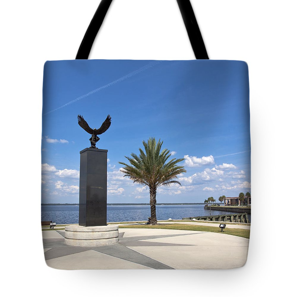 Veterans Tote Bag featuring the photograph Lake Monroe At The Port Of Sanford Florida by Allan Hughes