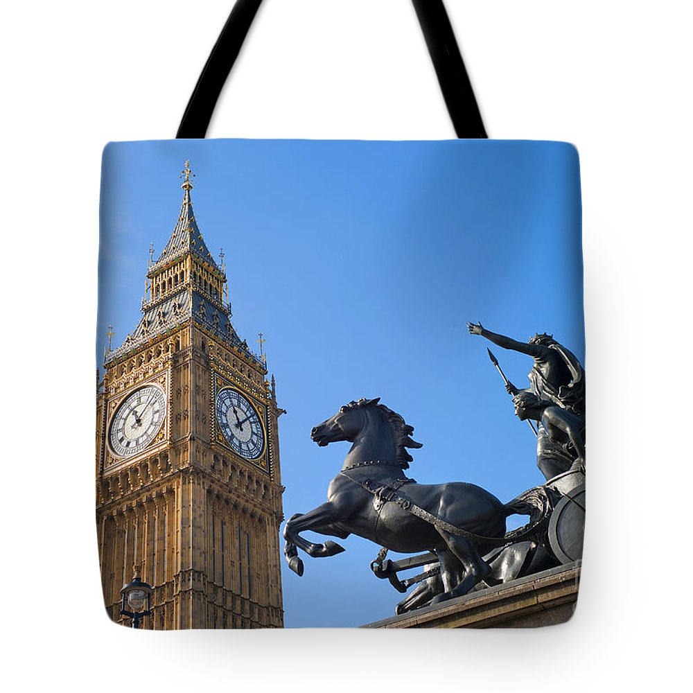 Print Tote Bag featuring the painting London by Romeo Lombardi