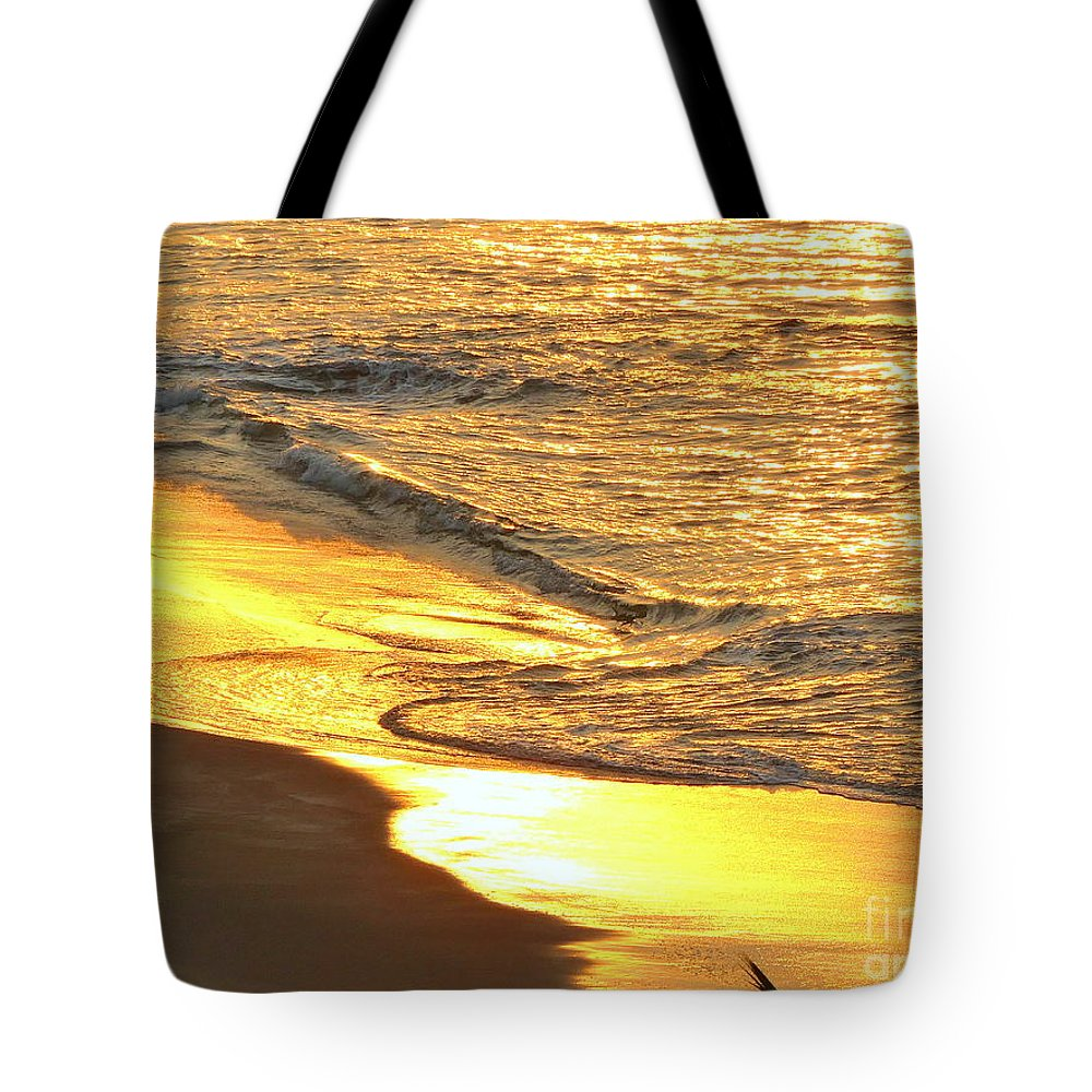 To Come Tote Bag featuring the photograph The Wave In Blue by Aline Halle-Gilbert
