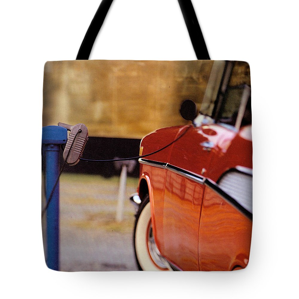 57 Tote Bag featuring the photograph 57 Chevy At The Drive-in by Robert Ponzoni