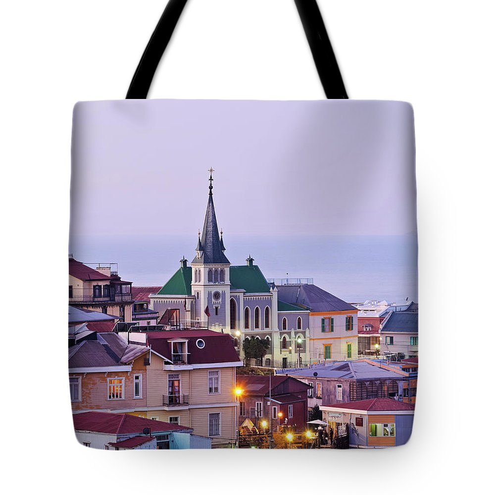 South America Tote Bag featuring the photograph Valparaiso, Chile by Karol Kozlowski