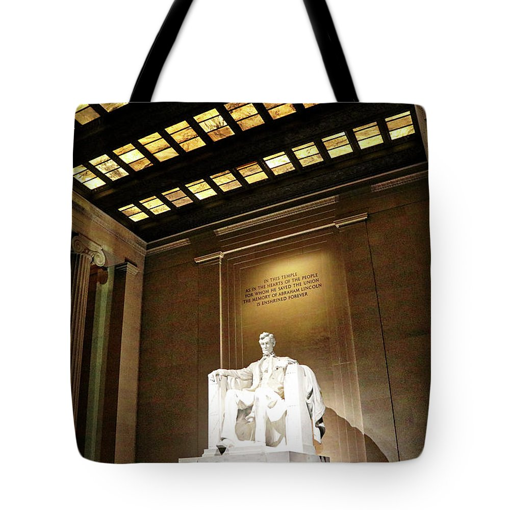 Washington Dc Usa Tote Bag featuring the photograph Washington Dc Usa by Paul James Bannerman